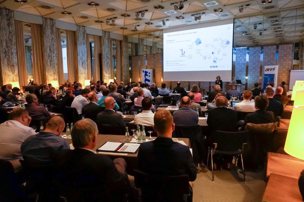 Etwa 120 Personen haben am a:m+i-Fachsymposium am 4. Februar 2020 teilgenommen und sich spartenübergreifend über neue Herausforderungen in der Mess- und Prüftechnik ausgetauscht. Foto: a:m+i